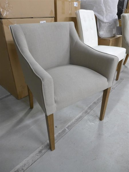 Riviera Maison Stoelen.Stoel Riviera Maison Savile Row Armdining Chair Flax 121560 Afm Lxbxh Ca 53x62x85 Cm