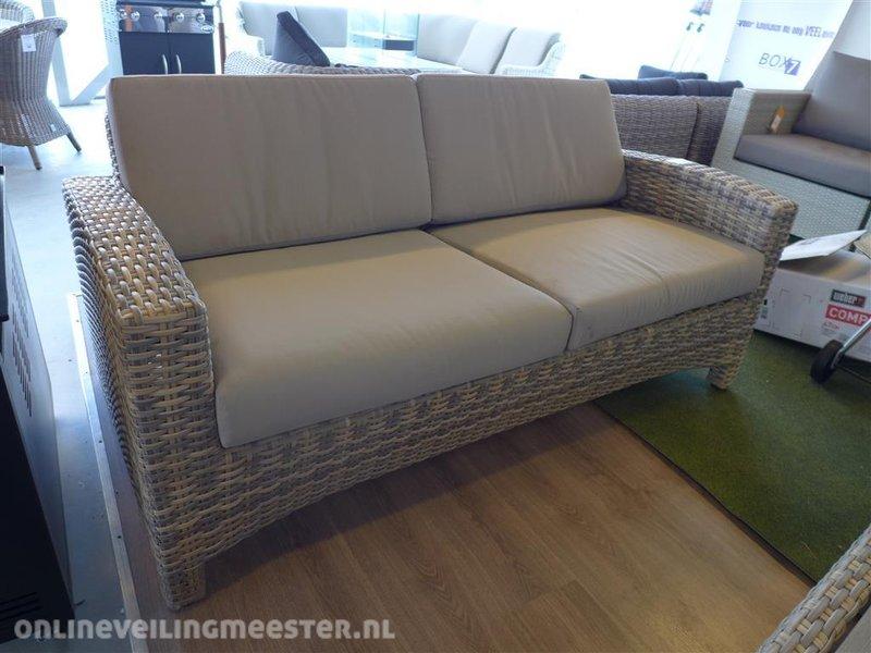 All Weather Kussens : Loungebank 4so model mambo 2 zits kunststof inclusief all