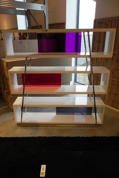 Kast Room Divider Metaal En Wit Gelakt Mdf Met Gekleurde Doorschijnende Kunststof Panelen