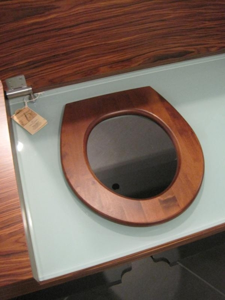 Villeroy En Boch Toiletrolhouder.Toiletmeubel Villeroy Boch Pur Air Voorzien Van Zwart