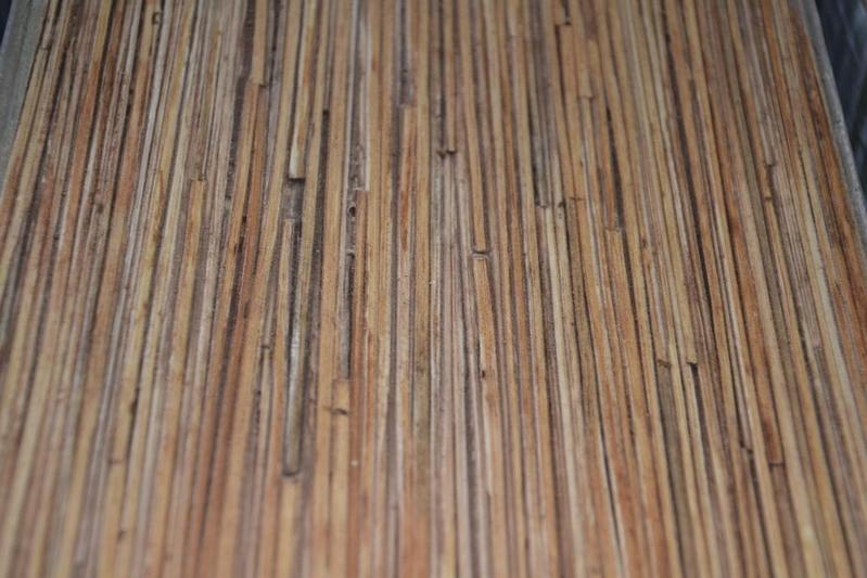 Kleuren laminaat top de met vgroef is te verkrijgen in kleuren