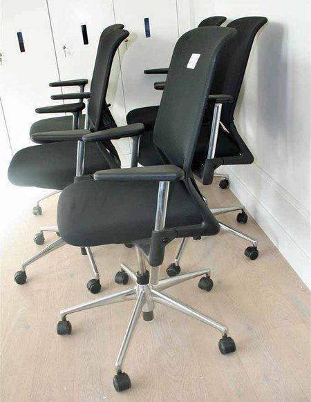 Vitra Meda Bureaustoel.5x Bureaustoel Vitra Meda 2 Meda Xl Zwart Gestoffeerd Met